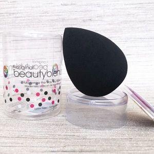 Other - NEW Original Beauty Blender Pro